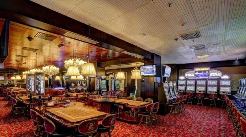 cassinos no Gana - Golden Dragon Casino (Osu, Gana)